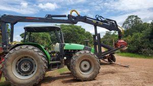 Grua para trabajo de reforestacion con capacidad 2 toneladas